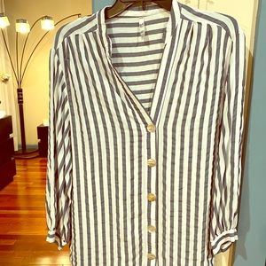 Loose Fitted Striped Shirt